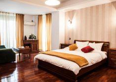 El Locanda master bedroom