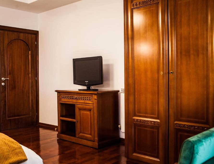 El Locanda master room